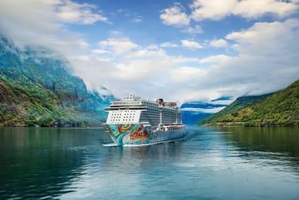 Cruceros por el Caribe hacia las hermosas playas de Santa Lucía