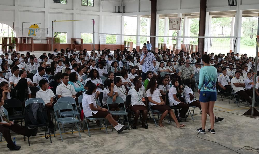 Guy Harvey Visits School in Belize