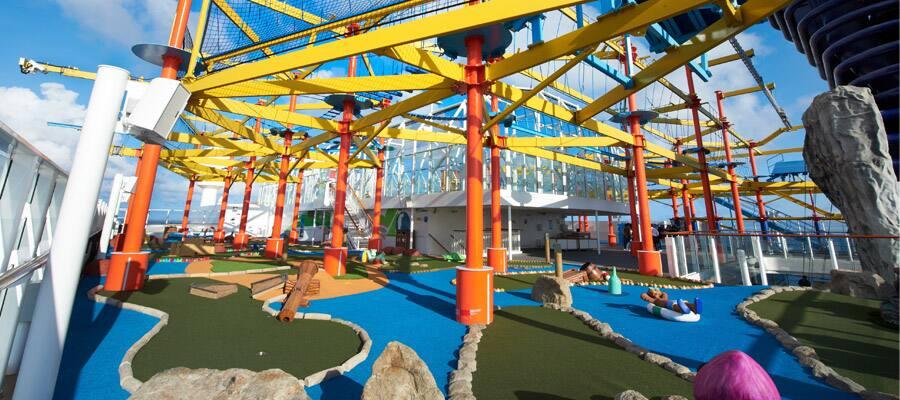 MI.sports-gallery-ropes-course-mini-golf