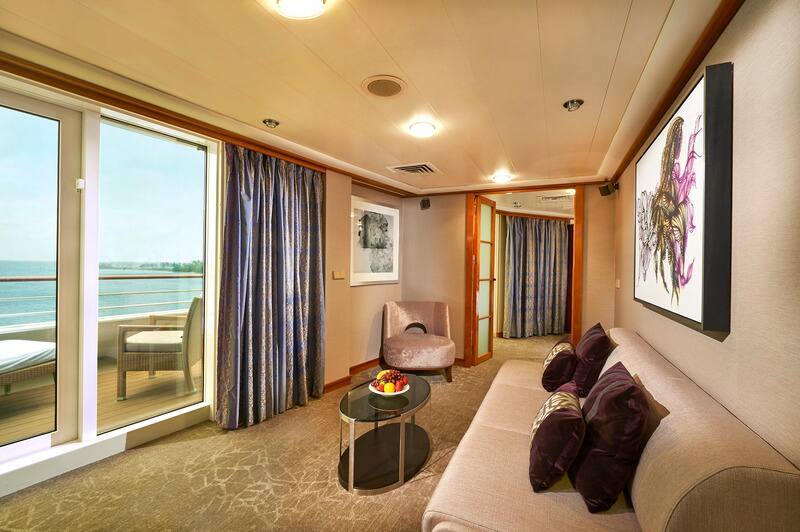 Norwegian Sun Penthouse Living Room