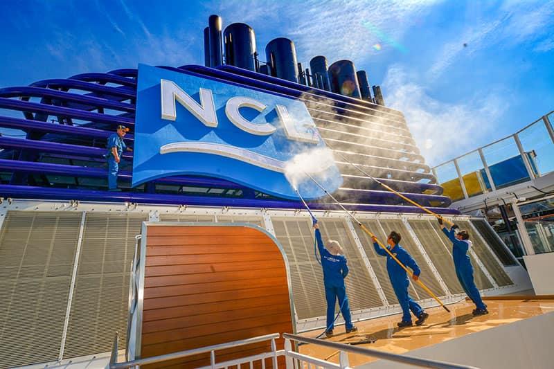Norwegian Cruise Line Crew
