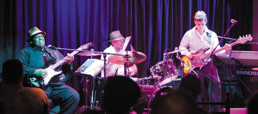 MI.gallery-entertainment-fat-cats-jazz-&-blues-club-900x400 – 7