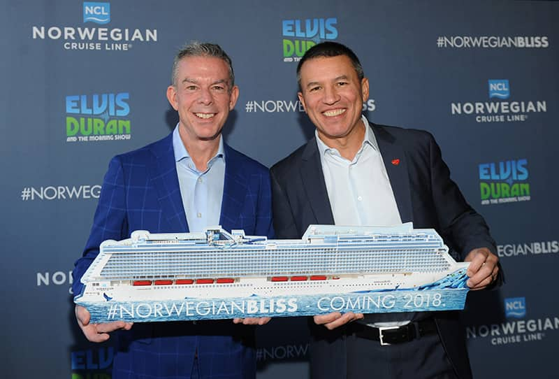 Elvis Duran with NCL CEO Andy Stuart