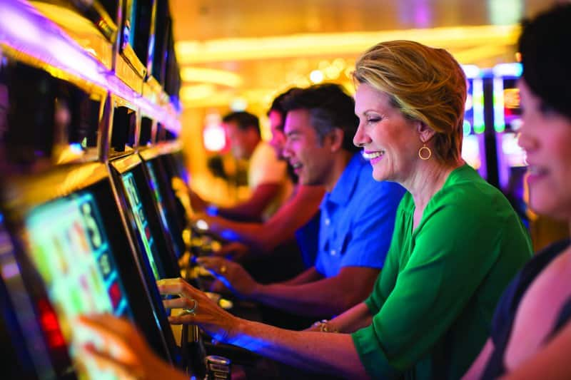 Casinos at Sea: Play Slots and Beat the Odds!