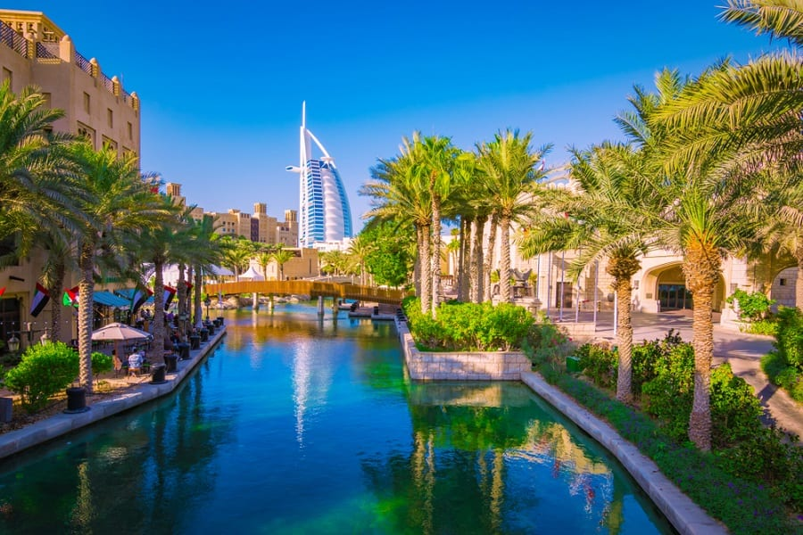 7 Tips for Dressing for a Dubai Cruise with Norwegian