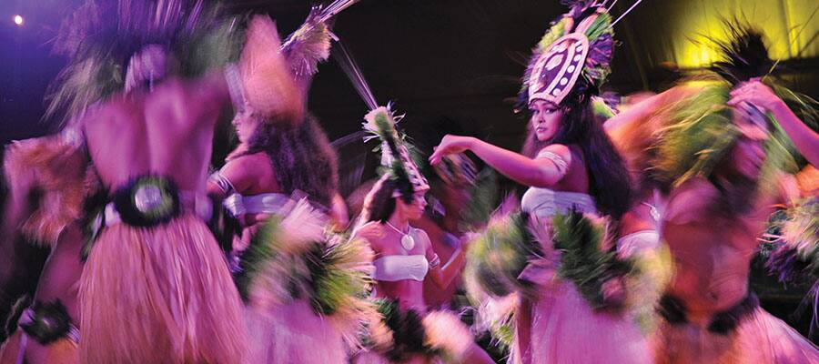 Hawaii Cruise Holidays - Best Luau Show