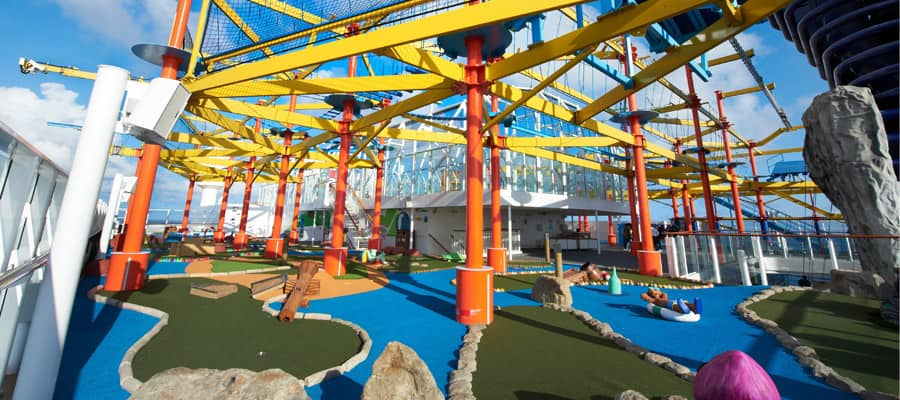MI.sports-gallery-ropes-course-mini-golf