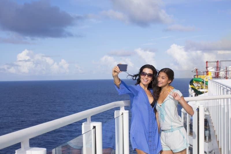 Best Places to Take Pictures on a Cruise