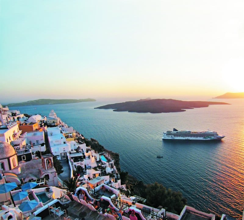 Norwegian Jade in Santorini