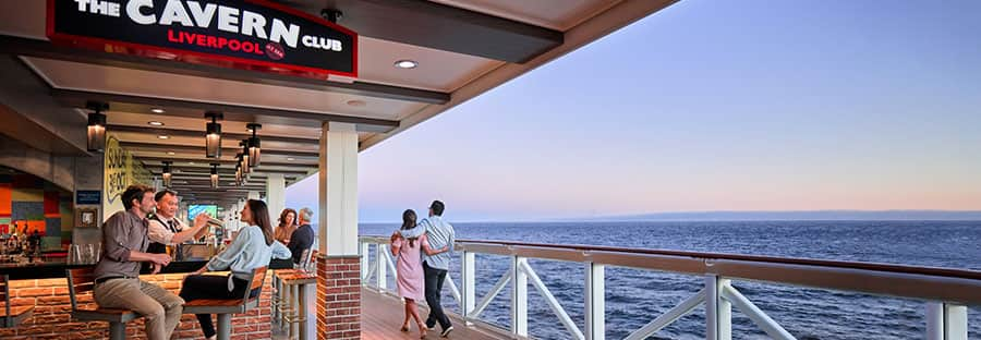 Norwegian Cruise Bars and Lounges