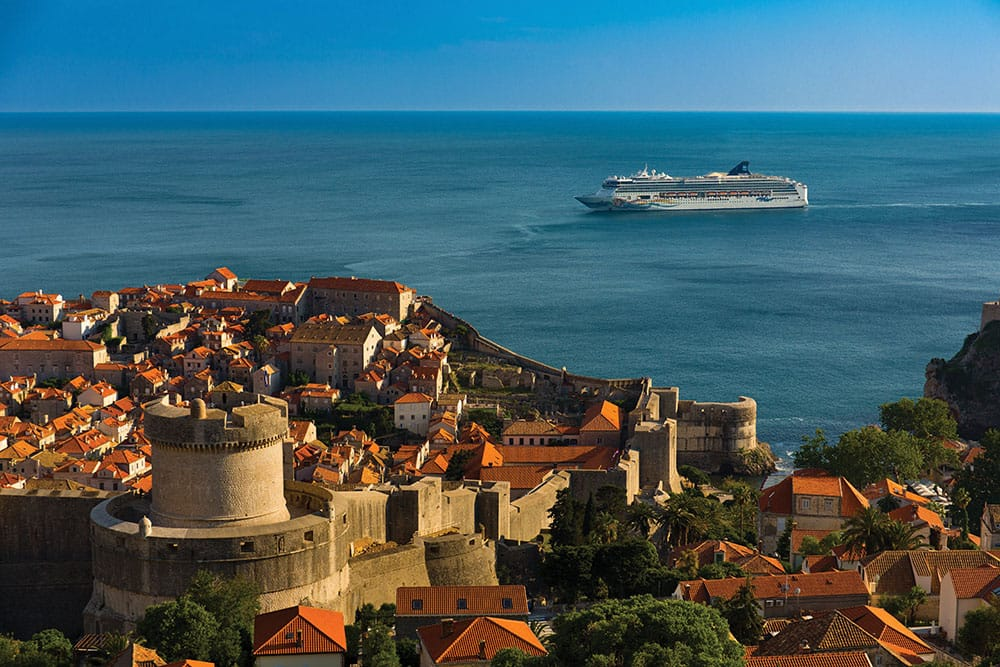 Cruising to Europe: 4 Top Itineraries with Norwegian