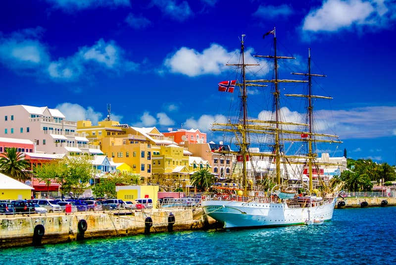 Cruise to Hamilton, Bermuda