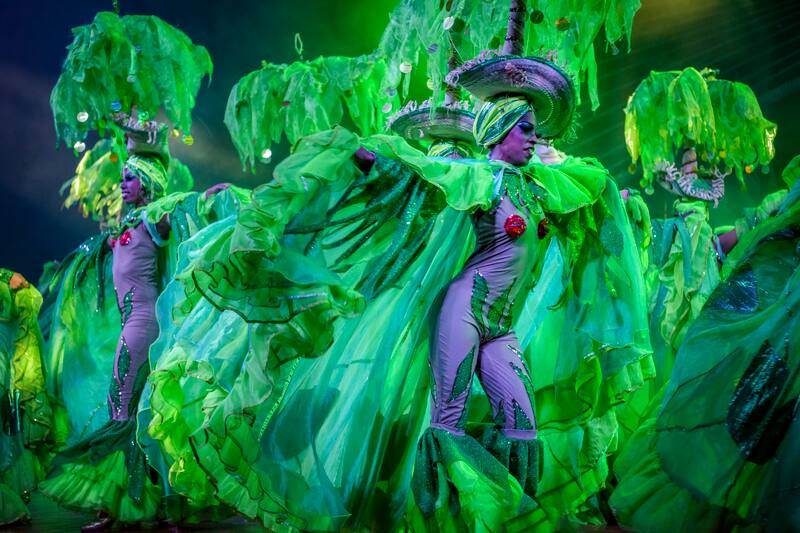 Cruise to Cuba - Cabaret Tropicana Showgirls