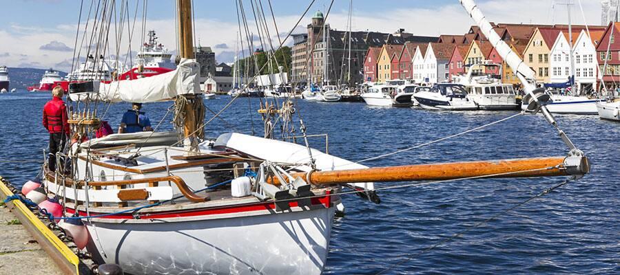 ヨーロッパクルーズのベルゲン港