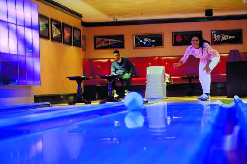 Bowling - Norwegian Epic