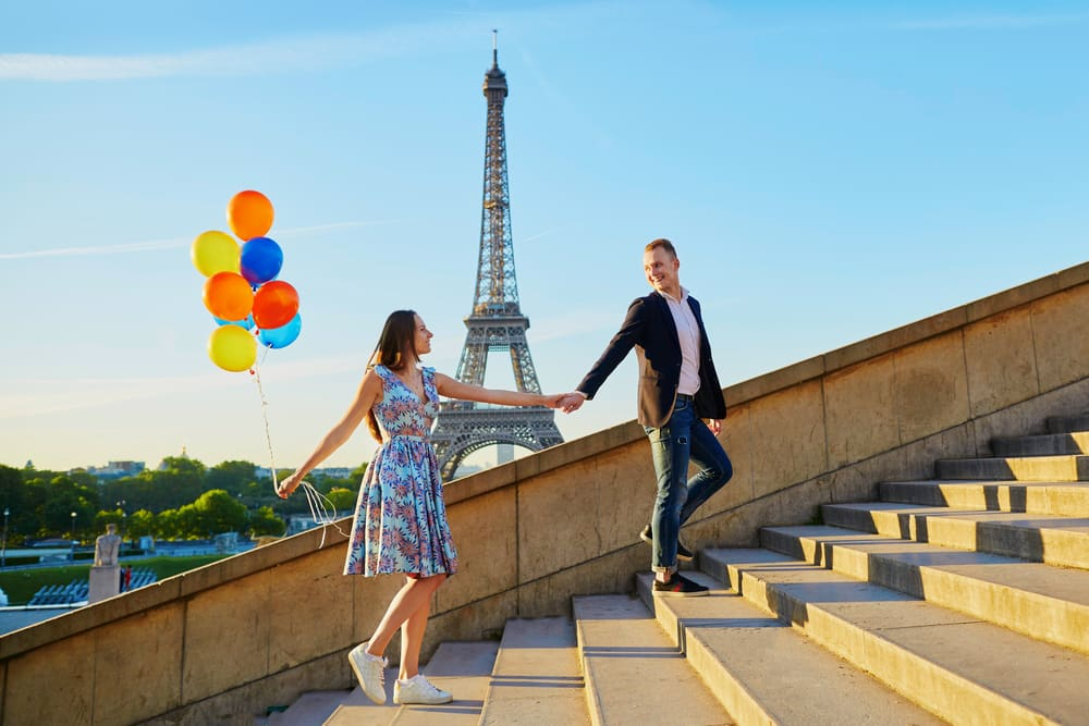 Clothing Styles for a Europe Cruise Vacation