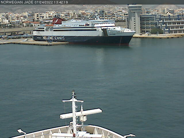 Norwegian Jade Webcams Bridge Cam