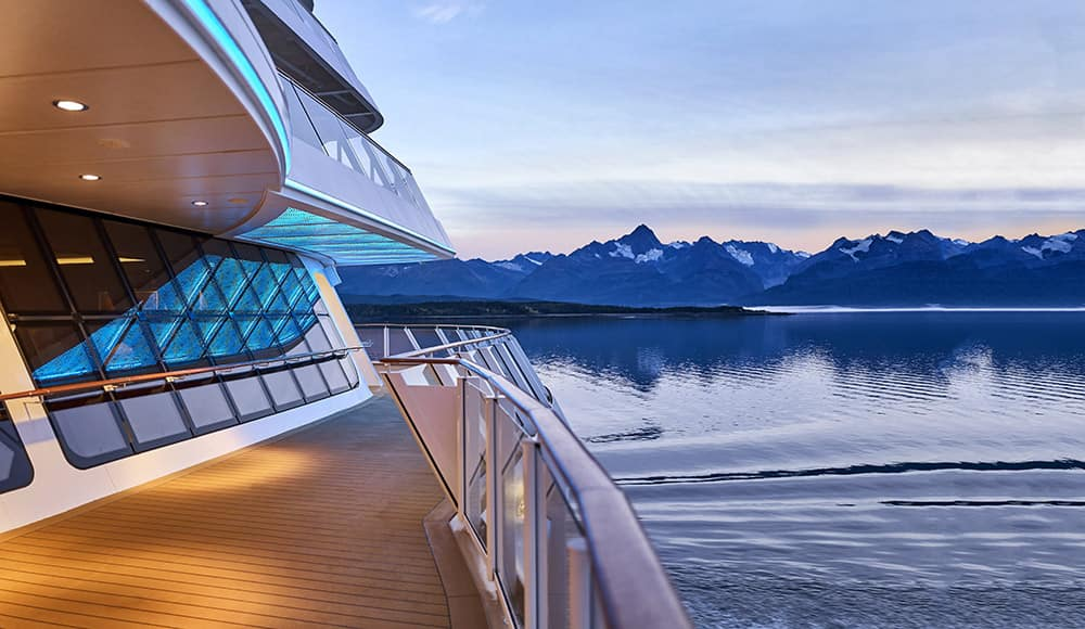 2021 Alaska Cruises Sailing Past Incredible Glaciers & Landscapes