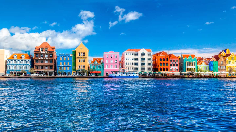 האיים הקריביים: קורסאו, ארובה והרפובליקה הדומיניקנית
