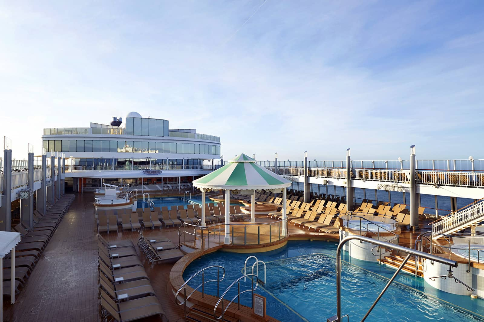 Norwegian Jewel Completes Bow-to-Stern Renovation