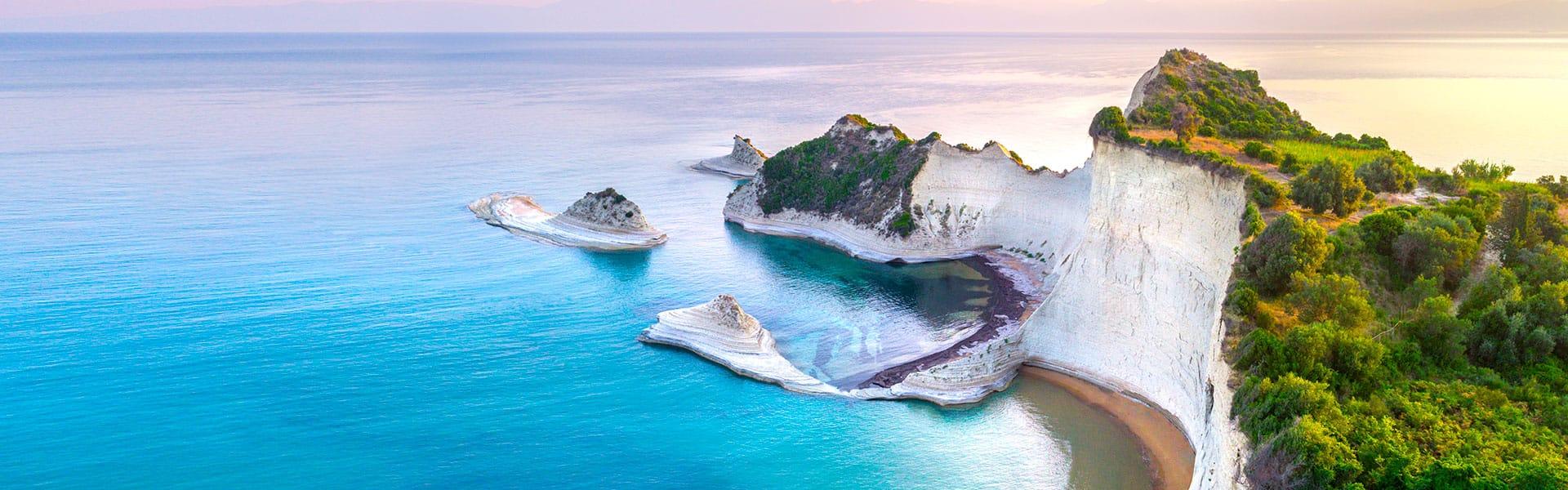 Islas griegas:Santorini, Atenas yCroacia