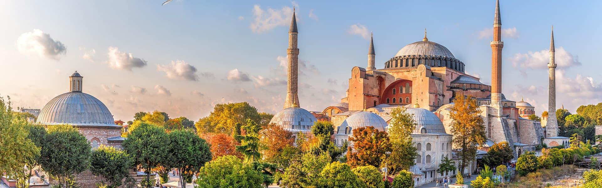 Mittelmeer:Istanbul, VolosundPalermo