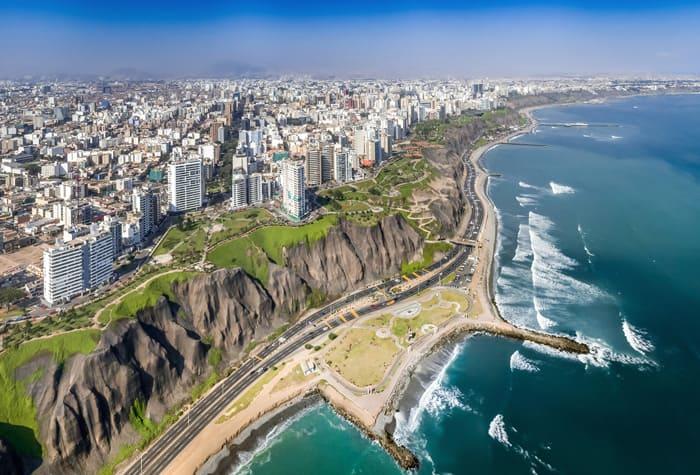 Cruzeiros para Callao, Peru