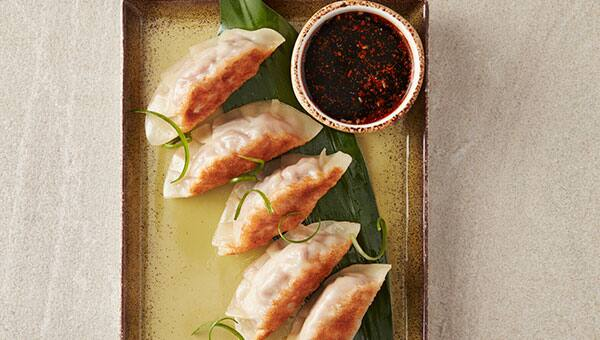 Empanadillas chinas en Food Republic