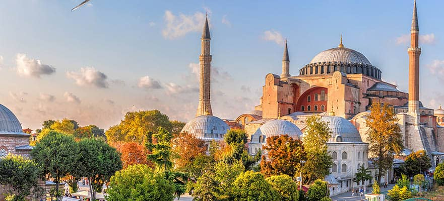 Viaje de ida y vuelta por las islas griegas desde Atenas:Santorini, Miconos y Estambul, 7 días