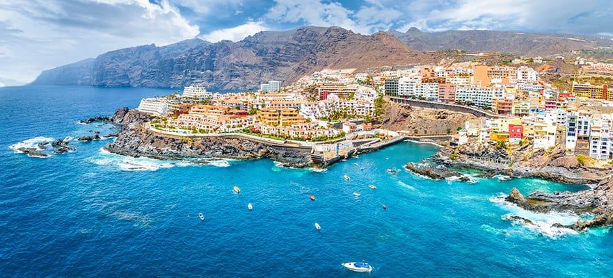 שייט הלוך ושוב בן 9 ימים לים התיכון מליסבון: האיים האזוריים, האיים הקנריים ומדיירה