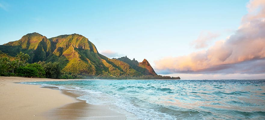 11-Day Hawaii from Vancouver - Fly & Cruise