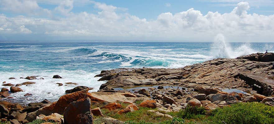 /sites/default/files/881x400-mossel-bay.jpg