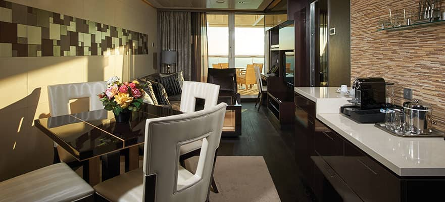 The Haven Deluxe Owner's Suite with Balcony