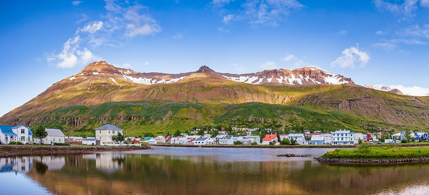 10-Day Iceland from Reykjavik to London: England & Ireland