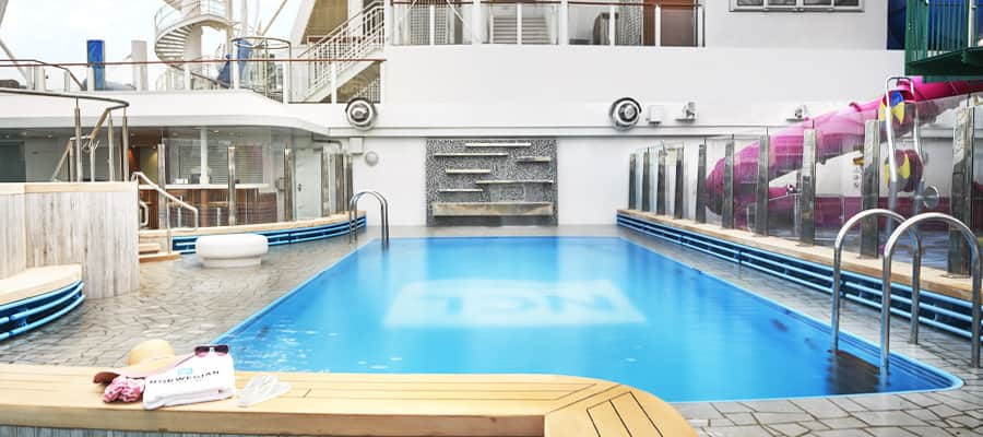 Norwegian Cruise Line Pool