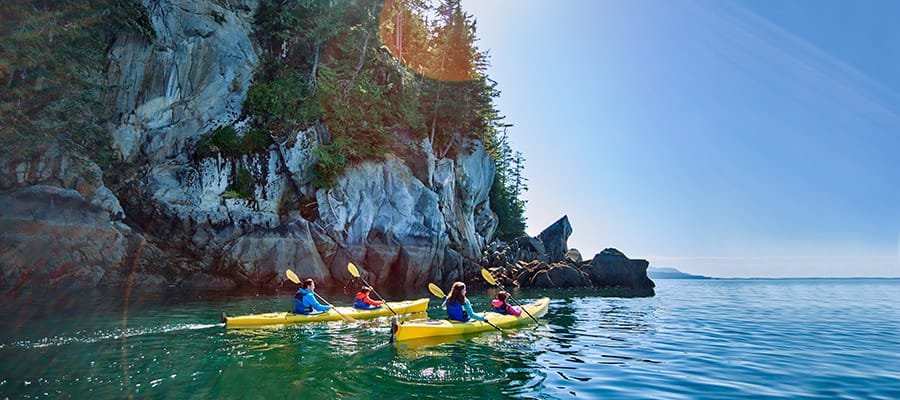 Vai in kayak a Tatoosh sulle tranquille acque dell'Inside Passage