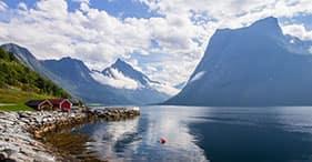 Hjorund Fjord Cruise
