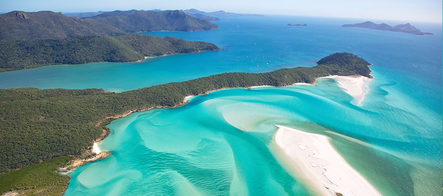 Whitehaven Beach on Cruises to Airlie Beach