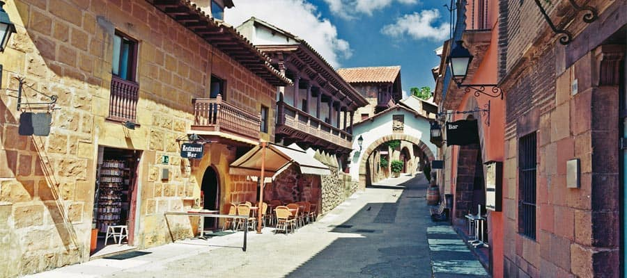 スペイン、バルセロナのスペイン村