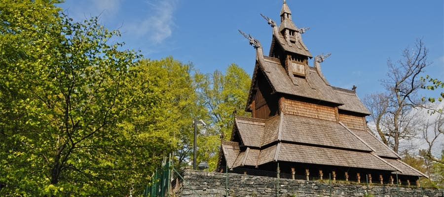 כנסיית <bdo dir=&quot;ltr&quot;>Fantoft Stave</bdo> בשייט שלכם לאירופה
