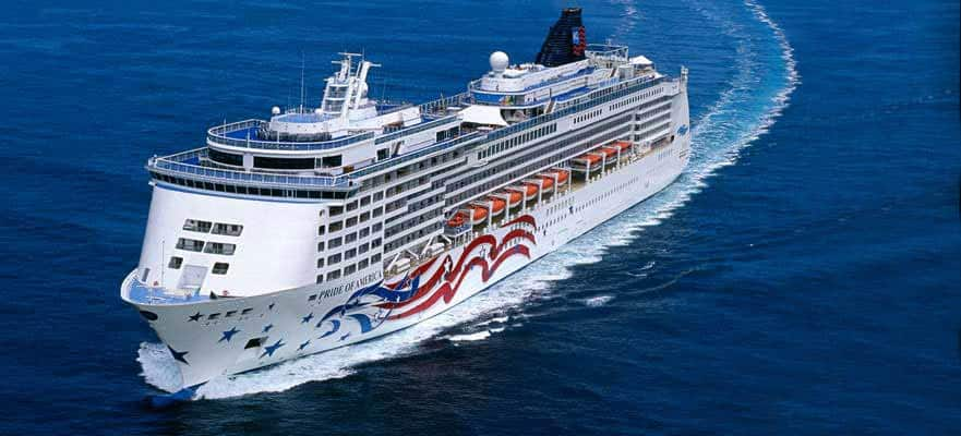 Cruceros a Hawái durante todo el año. Viaja de una isla exótica a otra.
