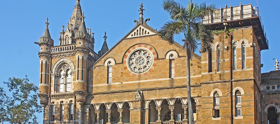 Terminus de la gare ferroviaire lors de votre croisière à Mumbai