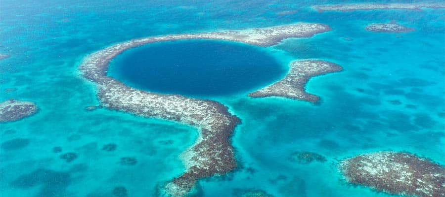 Crociera al Great Blue Hole in Belize