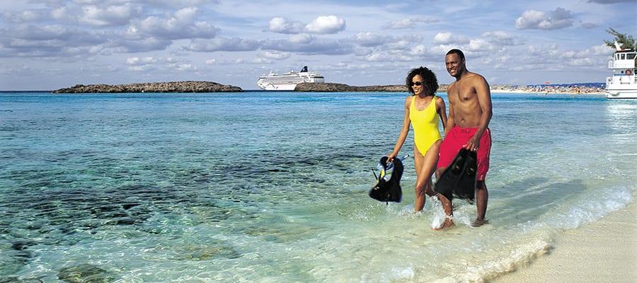 Praias de areias brancas no seu cruzeiro nas Bahamas