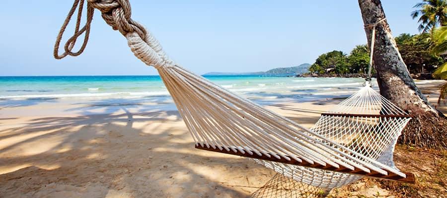 Relájate en la playa durante tu próximo crucero a las Bahamas