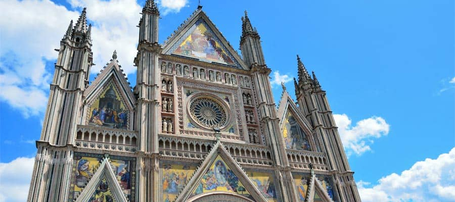 Cathedral of Orvieto on your cruise from Rome