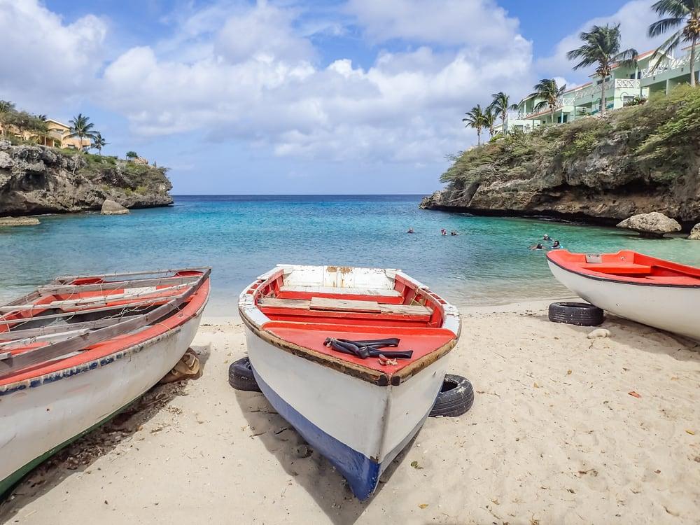 Lagun Beach in Curacao