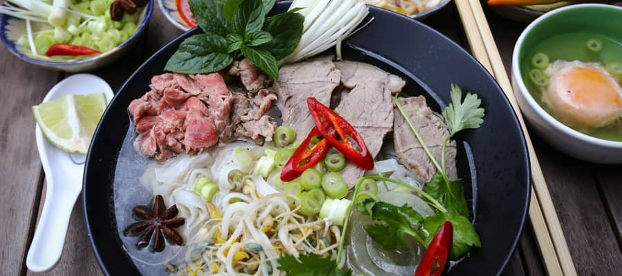 Vietnamese rice noodles on Da Nang Cruises