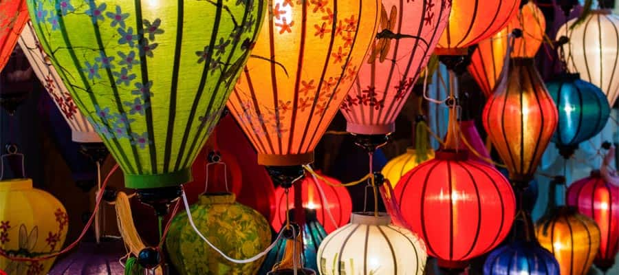 Traditional lamps on Cruises to Da Nang