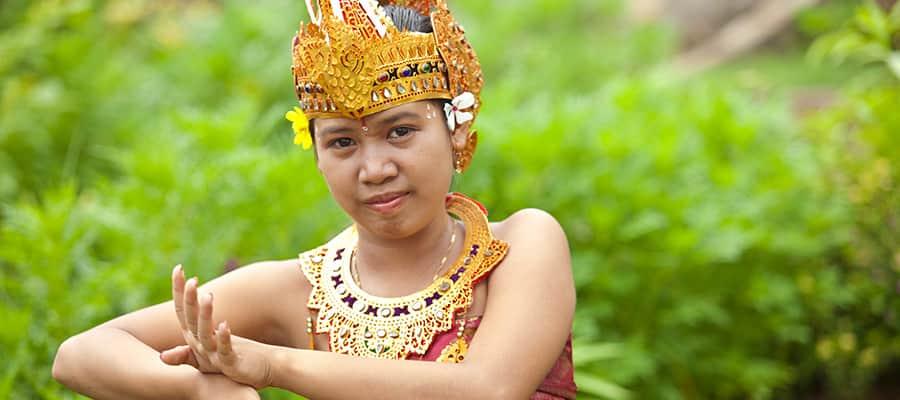 Cruise to Benoa (Bali)